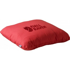 FjallRaven Travel Pillow Red-20