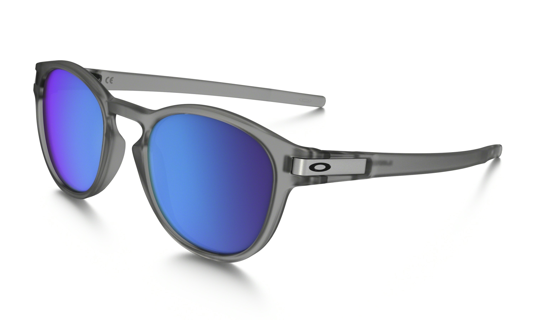 Oakley Latch Frame: MATTE GREY INK Lens: SAPPHIRE IRIDIUM POLARIZED-30